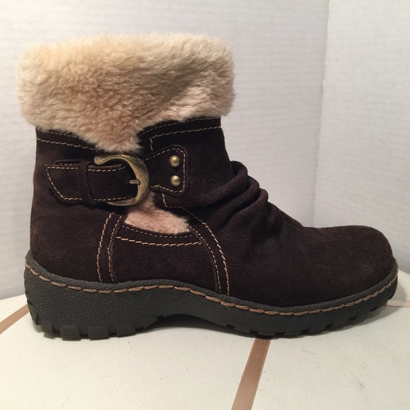 Bare Traps Breesen Brown Suede Leather